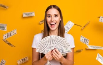 How to borrow money before payday